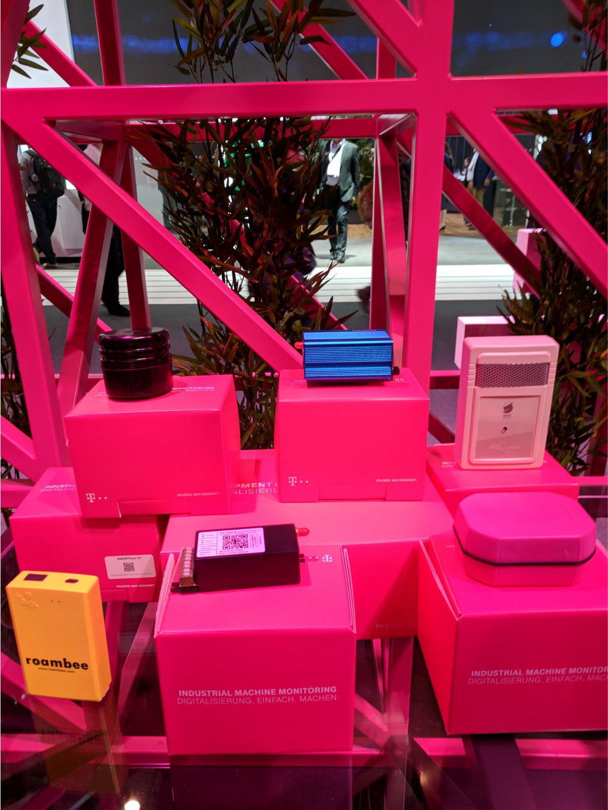 inteliLIGHT streetlight control solution during Mobile World Congress 2018_Telekom